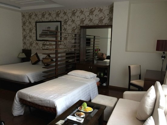 Grand Silverland Hotel & SPA: Suite GE Feb 2014