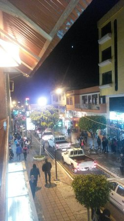 Erupcion Art Hotel & Hostel : Avistamiento desde el hotel