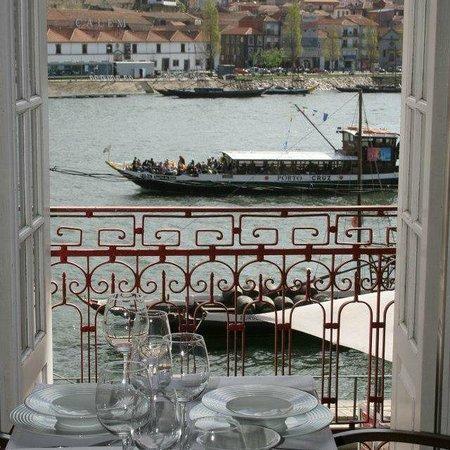 Fish Fixe : Janela s/ o Douro