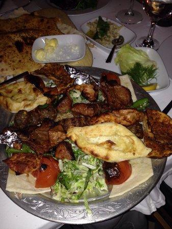 Khorasani Restaurant: Il mix di Kebab