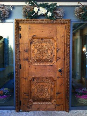 Hotel Meuble Sertorelli Reit: magnifica porta d'ingresso
