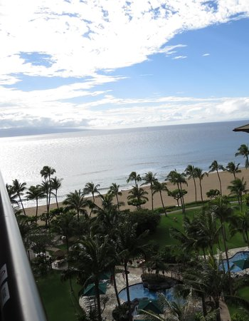 Marriott's Maui Ocean Club  - Lahaina & Napili Towers: View from 9th floor corner room 9020