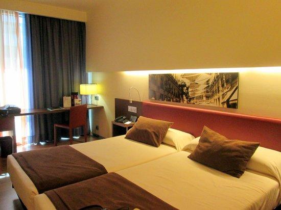 Ayre Gran Hotel Colon: Mi habitación