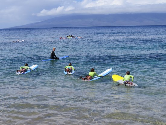 Royal Hawaiian Surf Academy : Heading with Instructor, while another instructor stayed in shallow end