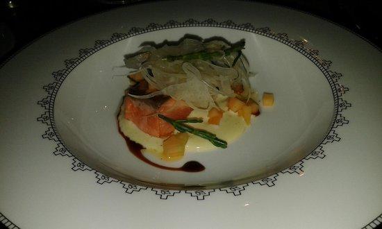 ORO Restaurant : Second dish served - salmon