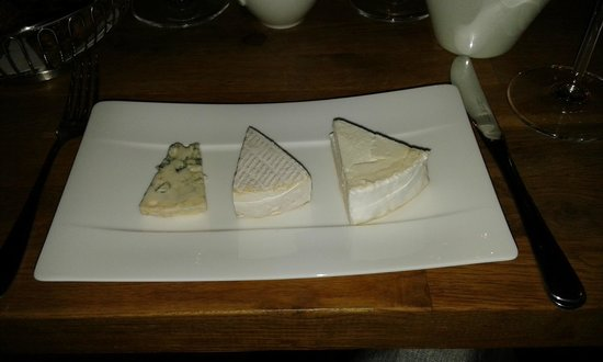 ORO Restaurant : Cheese, 2 italians and 1 french