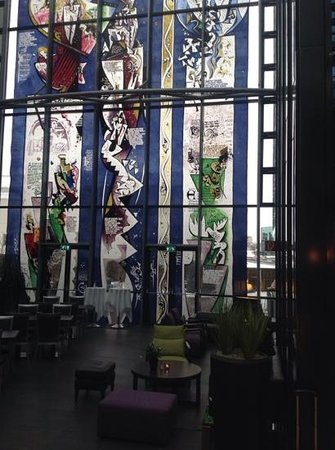 Grand Hotel Reykjavik: the lounge at the Grand Hotel