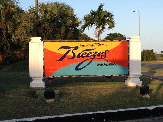 Hotel Los Cactus: Sign