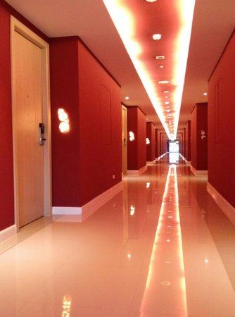 Sleep With Me Hotel: hallway