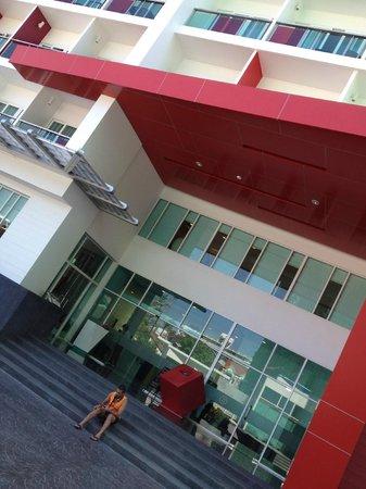 Sleep With Me Hotel: entrance