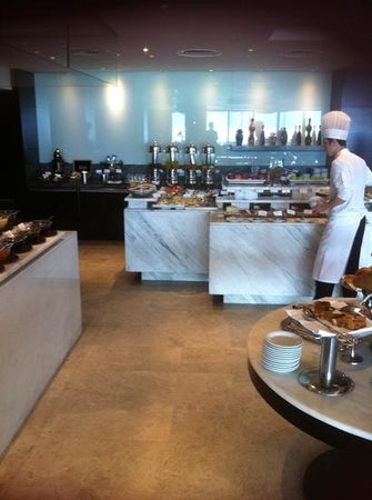 Radisson Blu Bosphorus Hotel, Istanbul: flawless stay- breakfast room