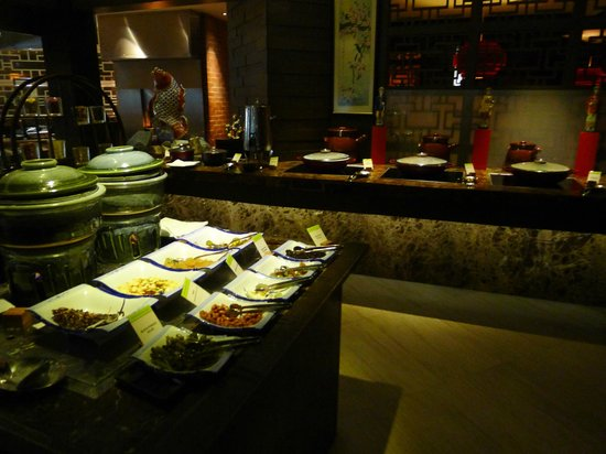 DoubleTree by Hilton Kuala Lumpur: Breakfast - Chinese section
