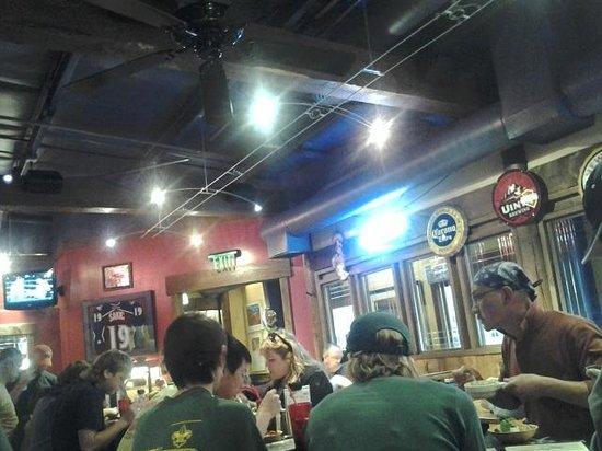 Zax Restaurant & Watering Hole : Low key atmosphere
