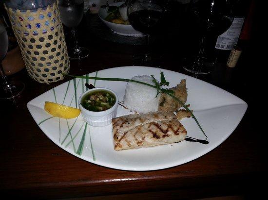 Pipiri Palace Restaurant: mahi-mahi with virgin sauce