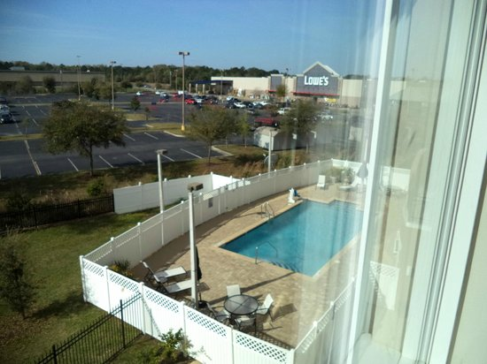 Holiday Inn Express Hotel & Suites Palatka Northwest: View from room