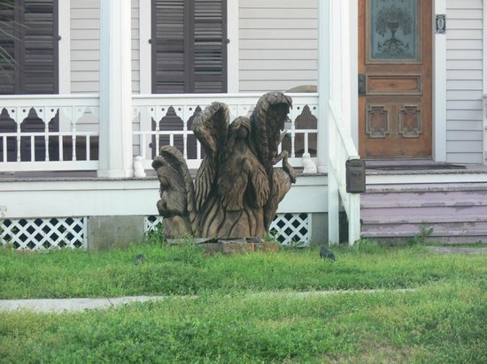 Tree Sculptures : Very detailed