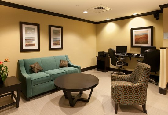 Holiday Inn Express & Suites Selinsgrove : Lobby
