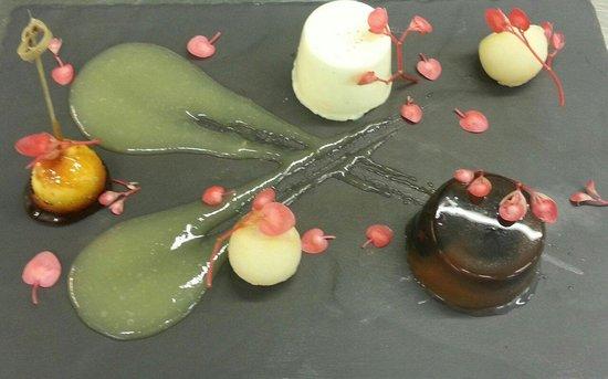 The Duke's Head Hotel: Apple dessert