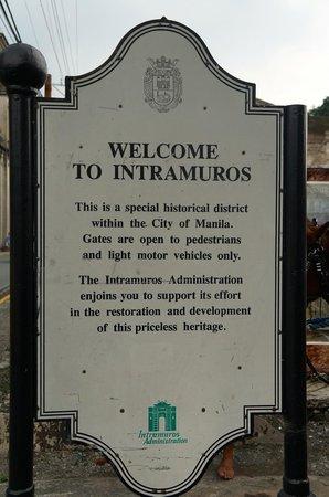 Intramuros: Welcoming sign