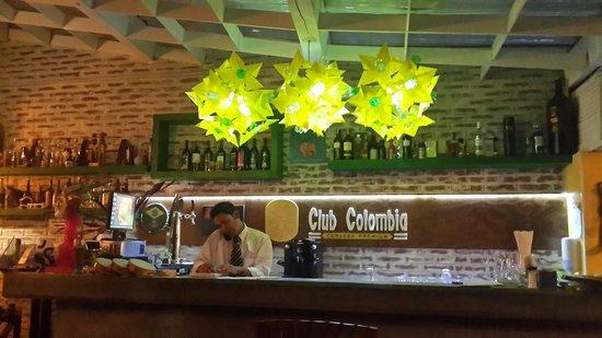 Alo Brasil Restaurante - Boteco Usaquen: Bar
