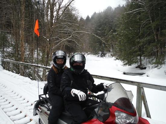 Stowe Snowmobile Tours : Beautiful Scenery by Snowmobile