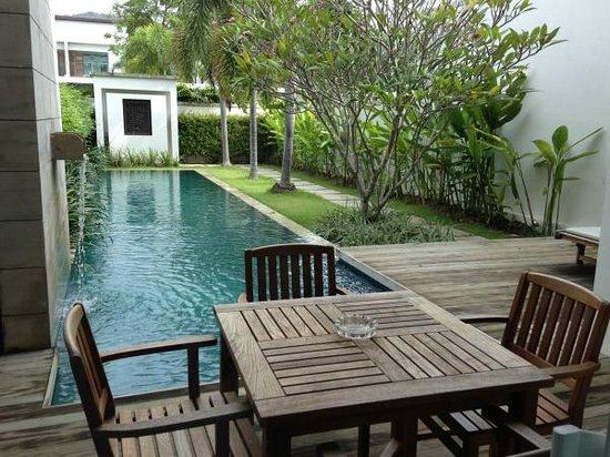 Two Villas Holiday Oriental Style Naiharn Beach : 수영장이요