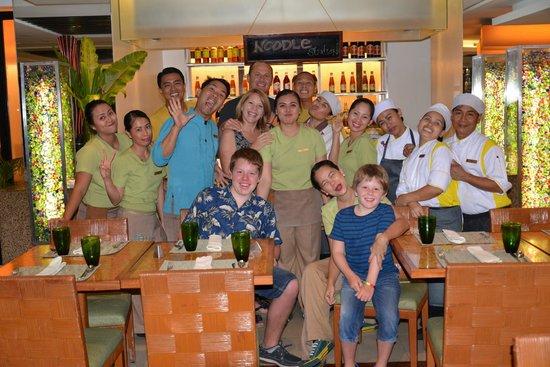 Shangri-La's Mactan Resort & Spa: Best staff!!