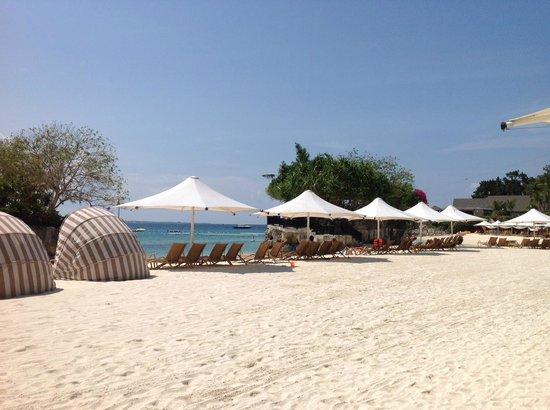 Shangri-La's Mactan Resort & Spa: The Beach