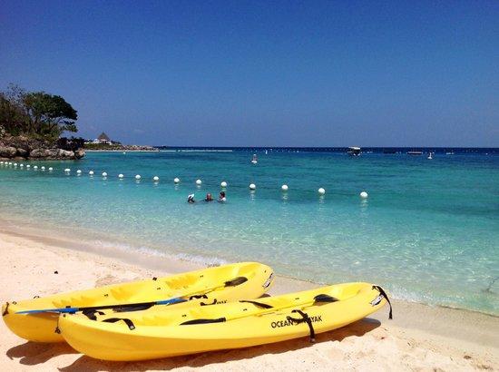 Shangri-La's Mactan Resort & Spa: Great snorkelling