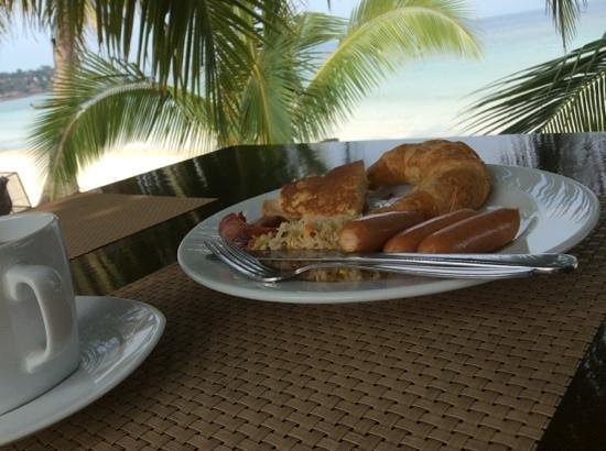 Longbay Resort: Breakfast