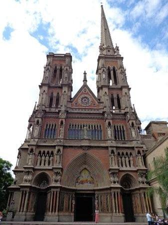 Cordoba, Argentina: Iglesia De Los Capuchinos
