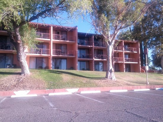 Esplendor Resort at Rio Rico: Rooms all with balconies and view, but stairs abound