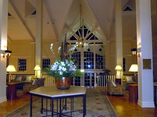 InterContinental Sanctuary Cove Resort : The hotel lobby