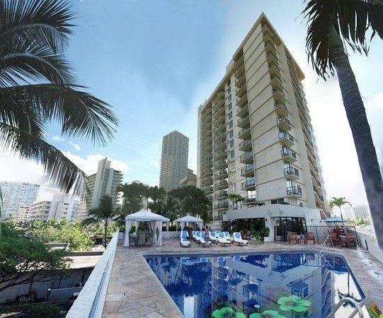 Luana Waikiki Hotel Suites
