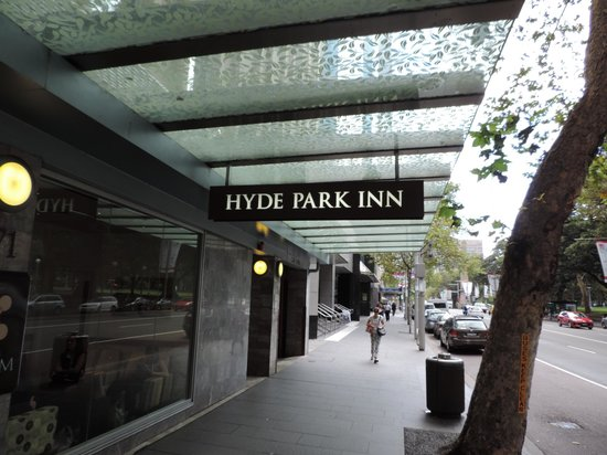 Hyde Park Inn : frente do hotel