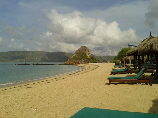 Novotel Lombok: Private Beach