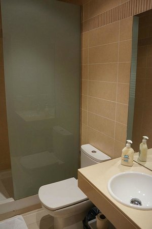 Prado Apartamentos: Bathroom