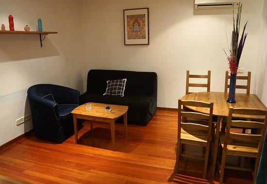Prado Apartamentos: Living area