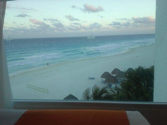 Flamingo Cancun Resort: balcony
