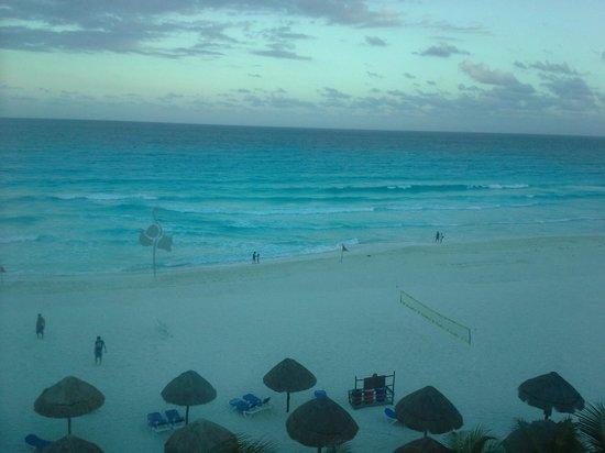Flamingo Cancun Resort: ocean view