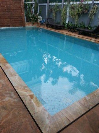 Tanei Boutique Villa : Swimming pool