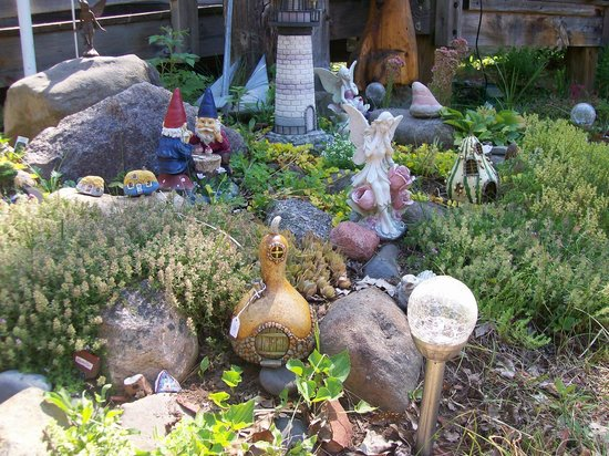 One Of Island Carvers Whimsical Gardens