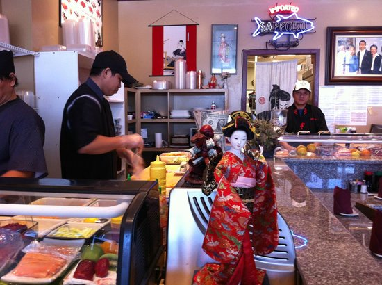 Shinto Japanese Restaurant : Sushi Makers