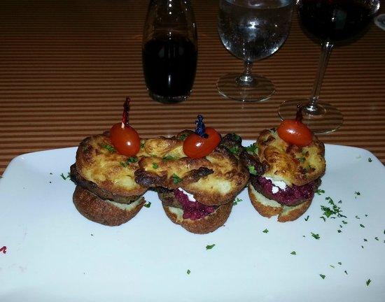 Botanica Garden Restaurant: Lamb Sliders