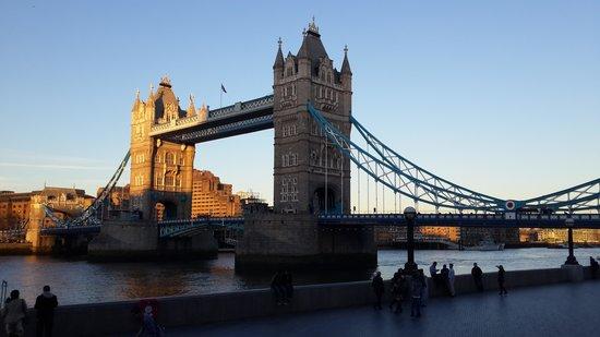 Novotel London Tower Bridge: view from my room in novotel tower bridge