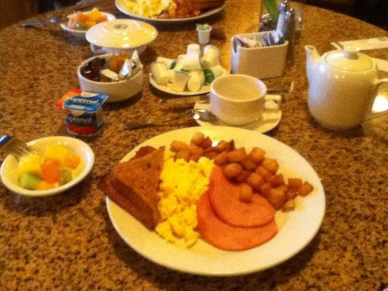 Best Western Plus Abercorn Inn : Coffee or tea, Fresh cut fruit, yogurt, eggs, potatoes, toast (white, wheat, multi-grain or sour
