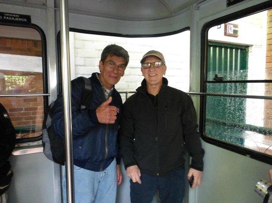 Bogota Bike Tours : Riding the cable car