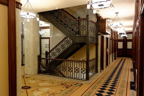 The Alise Chicago - A Staypineapple Hotel: Staircase