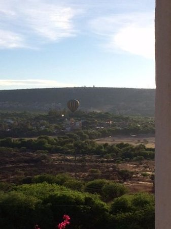 Hotel Casa Blanca San Miguel: Morning view from the terrace.