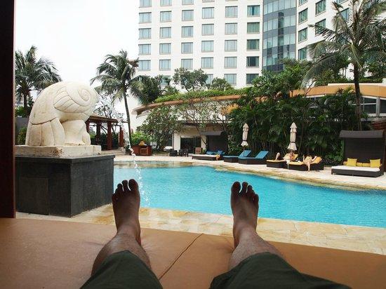 AYANA Midplaza JAKARTA: A View from Inside the Cabana